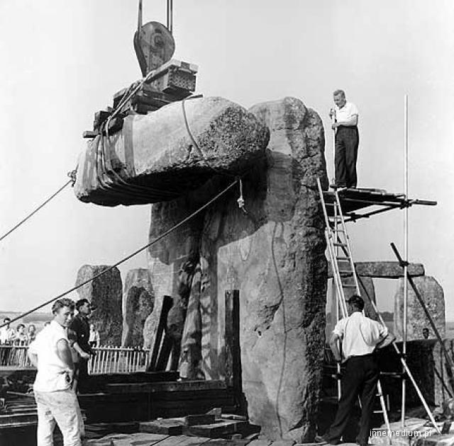 Stonehenge w budowie