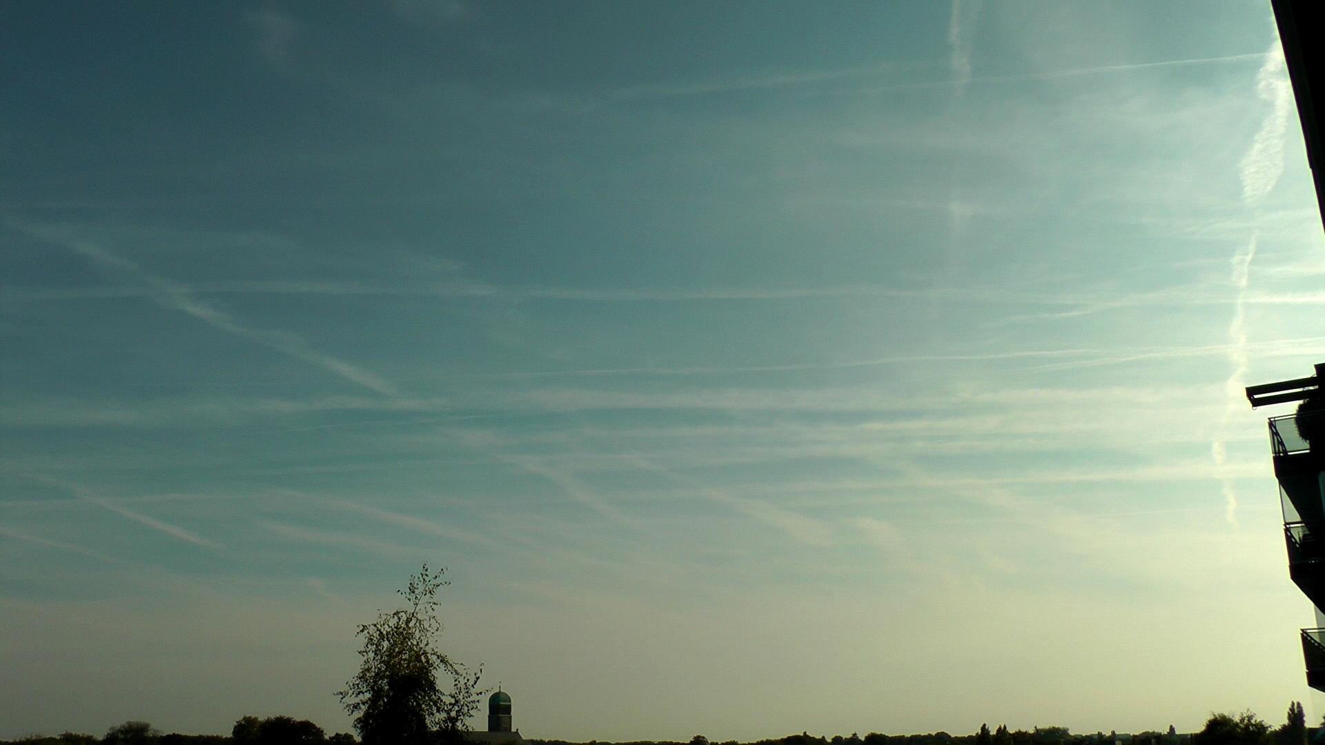 848ce9ea41 Coraz częściej pojawiają się dziwne znaki na niebie