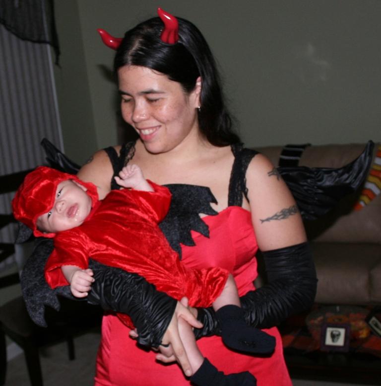 time-midget-devil-baby-tokyo-girls