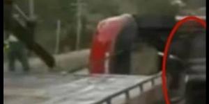 Film przedstawiający ducha opuszczającego miejsce wypadku drogowego