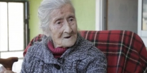 Woman discovers she has carried fetus for over 60 years